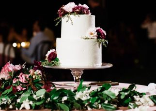 Tips to Buy Customized Cakes for Weddings